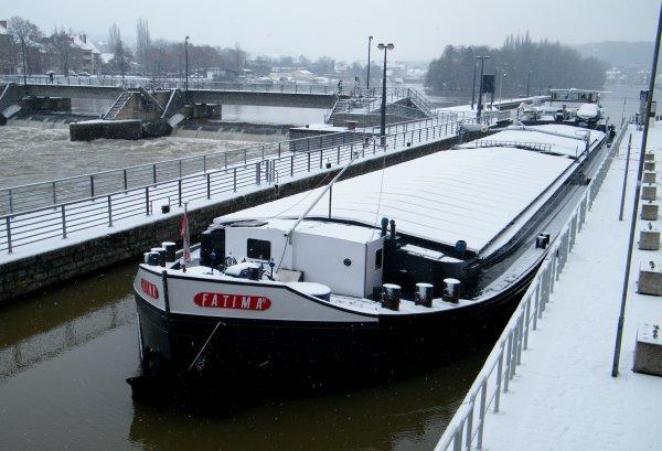 FATIMA II (NL) Rotterdam - 1206t. 70,00m. 9,50m.