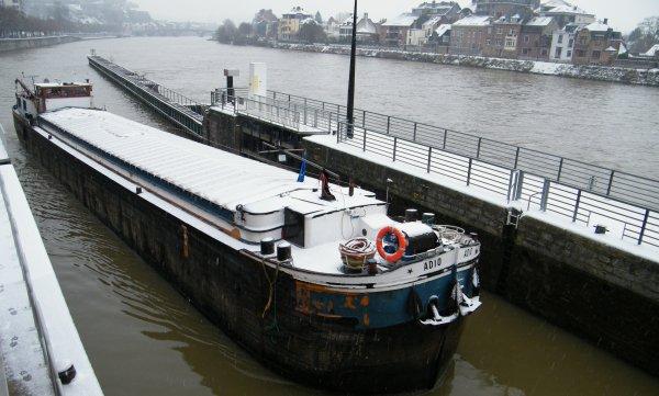 ADIO (B) Antwerpen - GT.372 - 38,90 m. 5,09 m. - Obekend 1956
