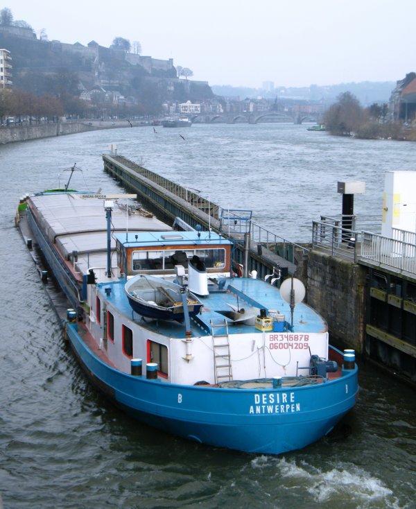 DESIRE (B) Antwerpen - GT.603 - 57,00 m. 7,10 m.