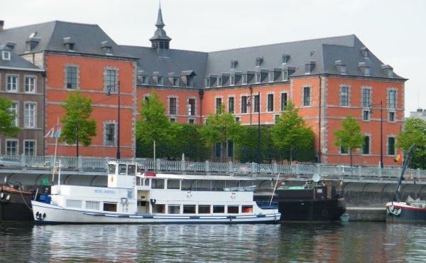 Namur vous attend...