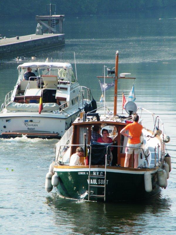 KHAMSIN(B), LE ROBERT (USA), NO TAVE (B), LE COLEBI (B) rejoignent leur port d'attache à Waulsort.