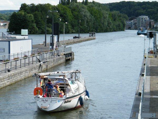 Pile Poil (B) Liège, le début du tour du monde (2 ans) pour une famille liégoise...