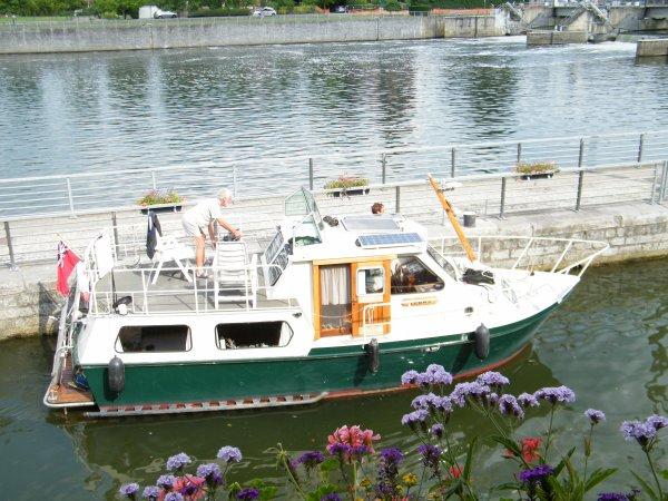 L'avis (bericht)  n° 2003/04/012 du 05/02/2003 relatif au stationnement des bateaux à Namur est toujours d'actualité!