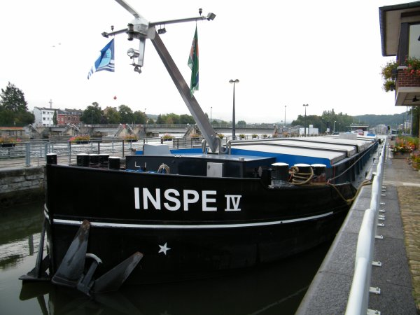 INSPE IV (NL) Rijswijk - GT.1505  80,00 m. 9,50 m. (NL.1925) & REYNOLDS (B) Antwerpen GT.2480 - 95,02 m. 11,13 m (D.1912).