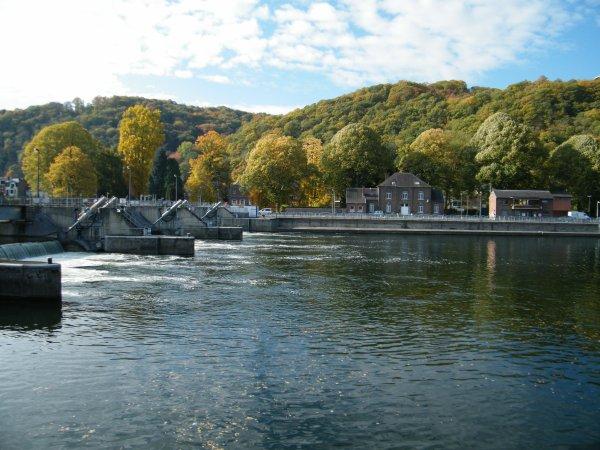 Meuse namuroise, entre deux barrages...