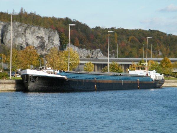 """NOMADIS (B) Brugge - GT.1143 - 80,00m. 8,22m. Après quelques travaux, fraichement sorti du chantier naval """"Meuse & Sambre"""""""