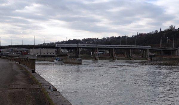 CINDY (F) Offendoorf - KAIROS (B) Namur - EXOCET (F) & SALAM à destination de Paris... Images'in La Meuse - Emission 6 - 11/03/2012