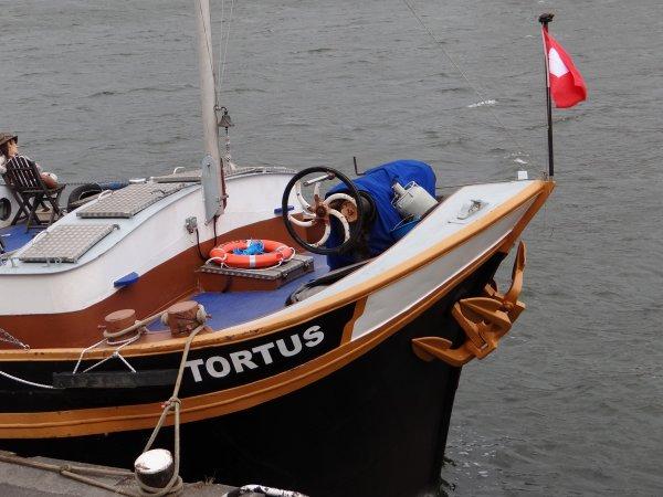 TORTUS (GB) Maldon - 27,85m. 5,06m.