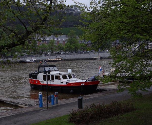 """Port de plaisance """"Henri Hallet"""" (Namur-Jambes)  - Les navigations de Lilly Boyd (B) Liège - Fin du récit des croisières 2011 du Bel Ami...qui prépare sa saison 2012 ;)"""