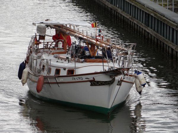 BURDIE M (NL), JACKY (B), ISATIS (F), SKUD (D), DEO JUVANTE (B), ISOLA BELLA (NL), EAGLE (NL), FILOS (NL), LORIELLE (D),....parmi les 26 bateaux de ce vendredi 15 juin 2012.