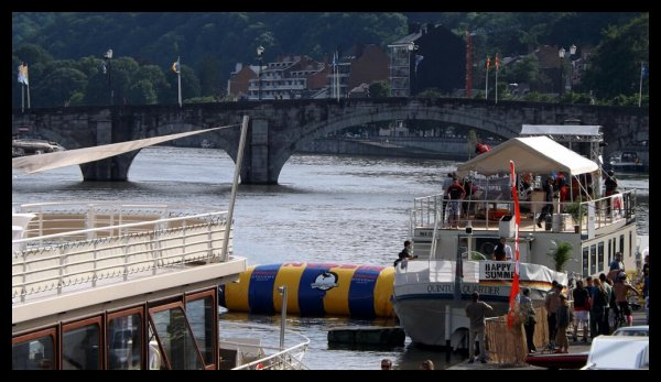 YANKEE (B), ASTERIX (B), PAPILLON,  AVONTUUR, ...à hauteur des nouveaux ponts-rails du Luxembourg (bk.47)