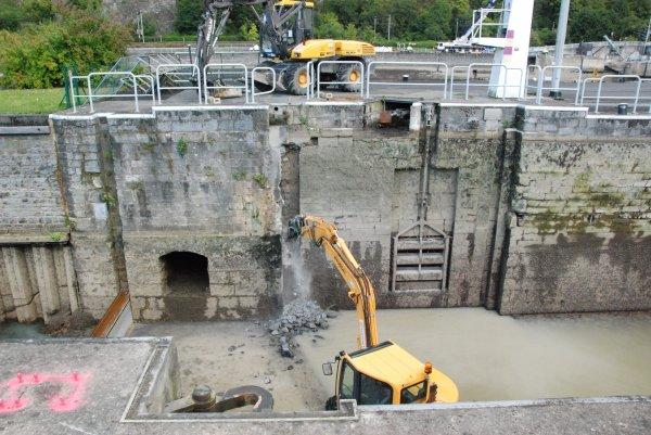 HUN - chômage Haute-Meuse 2012  -  Historique de la 1ère. CENTRALE HYDROELECTRIQUE AMOVIBLE ( HUN 06/2009 à 01/2011)