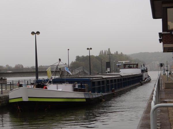Elargissement des horaires de navigation sur la Haute-Meuse au 1er novembre 2012. Extrait du trafic journalier;  JACKY (B), BER-MEL (B), LINDANJA (NL), LADY NIGHT (B), MALDEN (B), BELVONA (B), ....