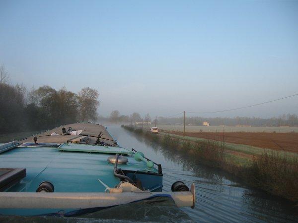 """Voyage du LOMA - 04/2012 - Canal de la Marne au Rhin - """"La vallée des soixante-dix"""" (écluses)"""