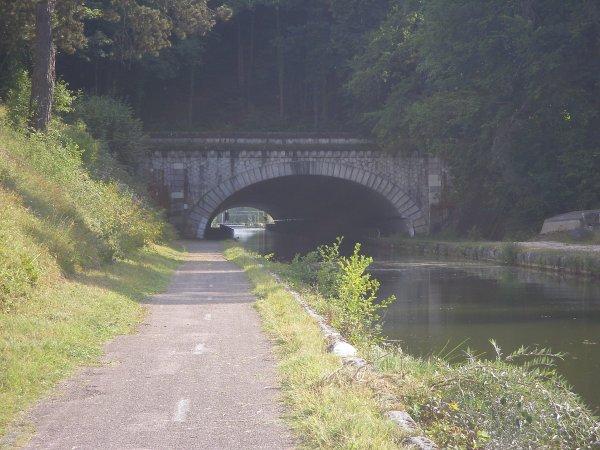 Voyage du LOMA  vers Avignon - 09/2012 (1/3)  Du Saône au Rhône ...