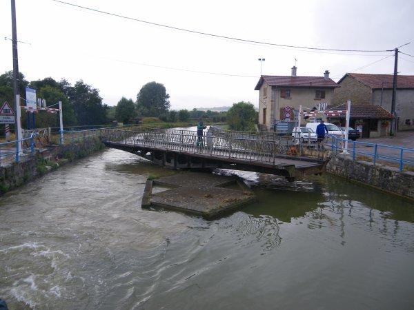 Voyage du LOMA vers Avignon  - 09/2012 (2/3) du Saône au Rhône ...