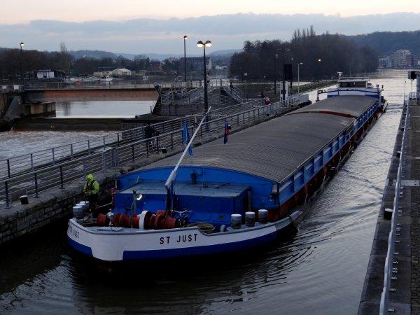 ANDANTE (F), SABRINA (B), ESMI (B), ST JUST (B) parmi les 11 bateaux de ce 11 décembre 2012...