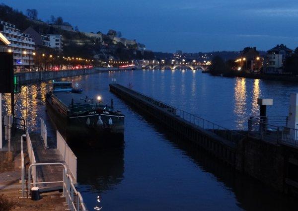 LOMA (B), DOMINIQUE (B), BATTELLO (NL), VITA NOVA (NL), ... parmi les 6 bateaux de la pause matinale du 13 décembre 2012.