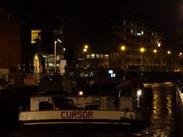 LA GIRAFE (NL) & CURSOR (B) avalants Haute-Meuse, parmi les bateaux du 4 janvier 2013.