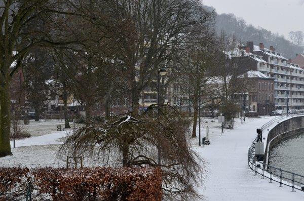 Nouvel assaut hivernal ... Dimanche blanc ;)