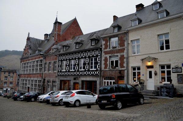 """""""Les hommes, la Meuse""""  Expo temporaire du 30/03/2013 au 03/11/2013 à la Maison du patrimoine médiéval mosan à  Bouvignes (Dinant)"""