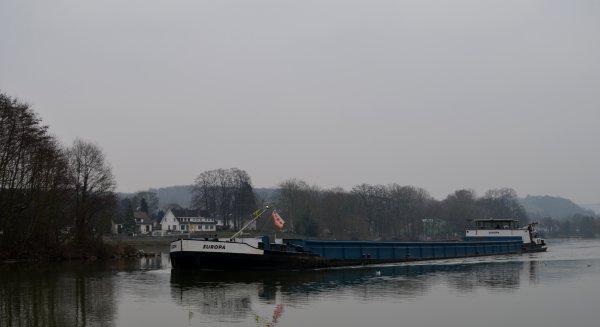INAUGURATION DE LA 1ÈRE ÉCLUSE AUTOMATISÉE DE WALLONIE. (JT de 13h. de la RTBF)  &  Redécouvrir la Meuse et la Sambre à Namur