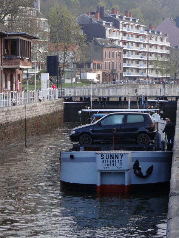 Actions de la batellerie suspendues... 1er marchand depuis le 19 avril, SUNNY (F) en provenance de Châlons-en-Champagne (F) et à destination de Lieshout (NL)