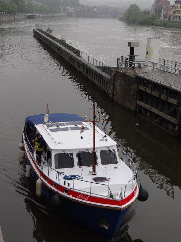 Arrêt de navigation ce dimanche 19 mai vers 14h20 suite à la rupture du support de vérin du vantail amont rive droite. (Travaux prévus le 20/05 avec interruption partielle!) - Parmi les 8 yachts du jour; KIEVIT, GARVEGE, GIMIRO, TUKKER, TRIPLEX.