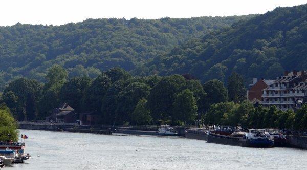 Piquet de grève aux écluses de la Meuse namuroise.