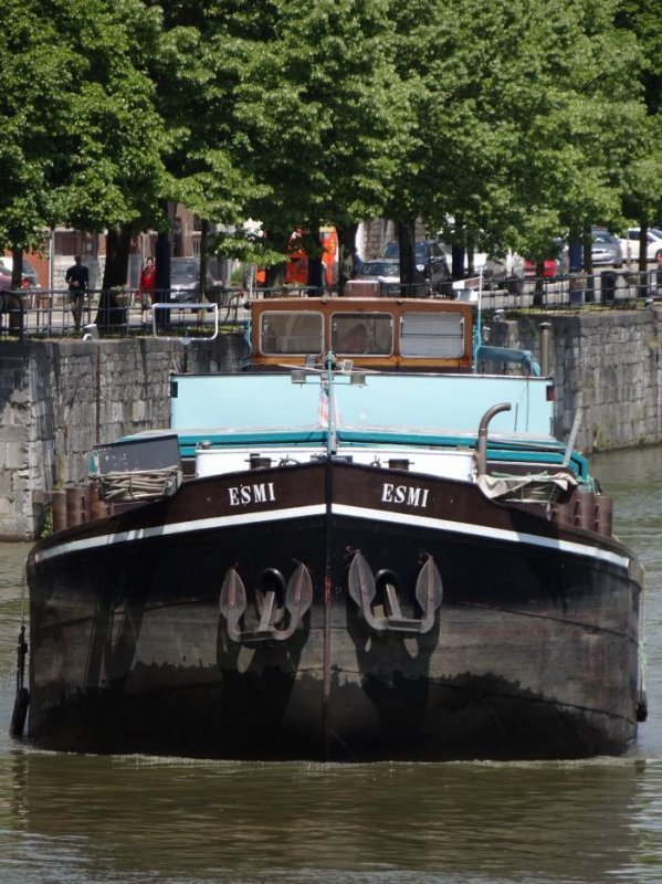 Après une journée sans bateau, une matinée chargée pour le collègue Pierre et une après midi plus calme pour votre bloggeur ;) - Extrait de cette dernière;    ASOKA, NOSTER VOTA, YSVOGAL, ESMI, DORUS, FOLLOW ME, ODRA, ... (50 bateaux-27 sassées)