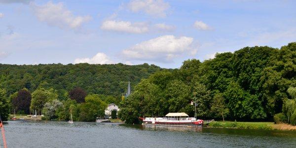 Testée et appréciée, la balade fluviale Namur-Wépion-Namur, sur les plus beaux biefs de la Haute-Meuse ;)