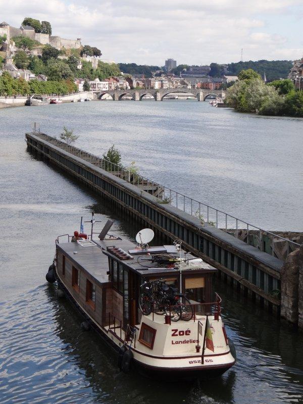 Suite d'une série de spits chargés d'engrais en provenance de Stein (NL) et à destination de Vitry-Le-Francois (F) - Après SERJOS (B) et SHIVA (NL), ATHENA (NL) et WESTROPA (NL) - les jolis remorqueurs WERKSPOOR IV d'Amsterdam et SAGITTA (ex.RP6)  d'Opeinde