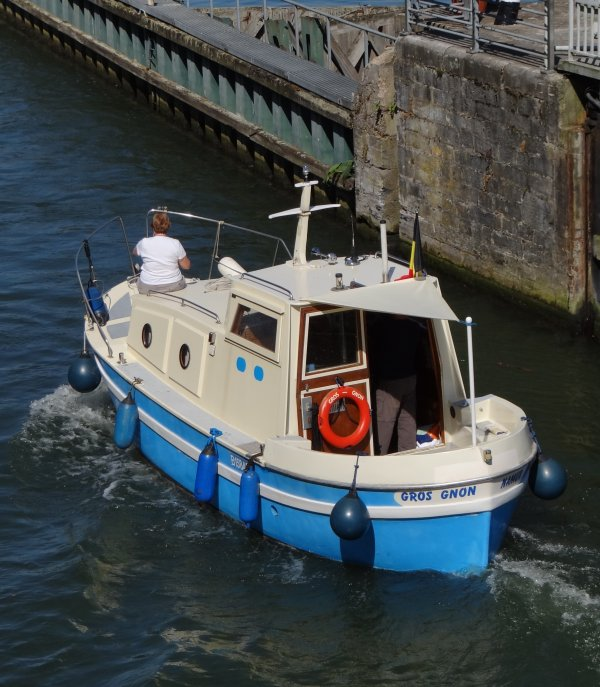 Parmi les 32 bateaux du vendredi 23 août 2013  (suite)