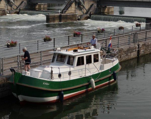 Nouveau sur la Haute-Meuse... ORISSA ,  de retour de Lustin, à destination de Bruxelles.