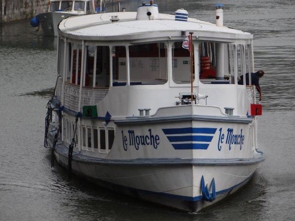 Dernier week-end estival avant la modification de l'horaire dominical sur la Haute-Meuse; 9h à 18h du 16/9 au 31/10. Par contre, pour la semaine (du lundi au samedi), plus de réduction (7-18) depuis novembre 2012, c'est  6h00 à 19h30 toute l'année.