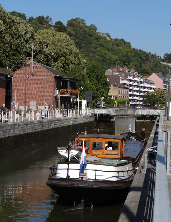 Les chiffres pour septembre pour les entrées et sorties de la Haute-Meuse à Namur (pas de chômage en 2013!).