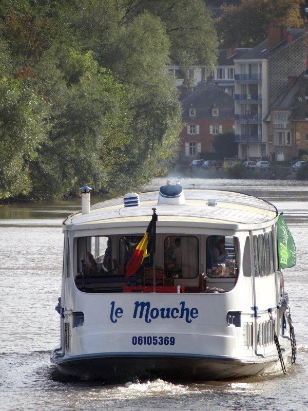 """Le Mouche pour  5 croisières """"Namur-Wépion-Namur"""" dont une nocturne, avec le spécialiste namurois de la distribution de produits de bouche et spiritueux, EDZ Diffusion."""