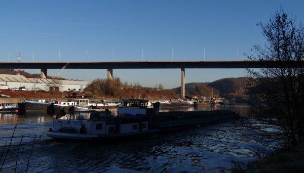 Plein soleil sur Beez (suite)    -  RE Boat Namur ...