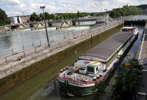 """""""Meuse et Sambre en fête 2014"""", 3ème édition, du 23 mai au 7 septembre  -  Excellente saison aux acteurs du tourisme fluvial en Meuse et Sambre namuroises  ;)"""
