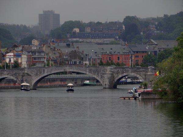CHARLIE'S CAPITAINERIE  ;)   Les ports de plaisance namurois (Henri Hallet et  Amée) - Namur en Mai  ;)