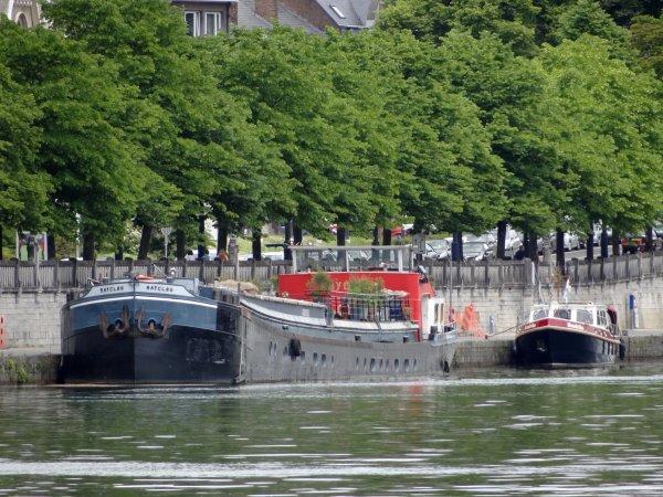 Nouveau record journalier pour 2014, avec 34 bateaux pour clôturer ce jeudi férié dont SERENITE (D), COLPORTEUR (F), ANGE-GABRIEL (B) & une NAMOURETTE (B)