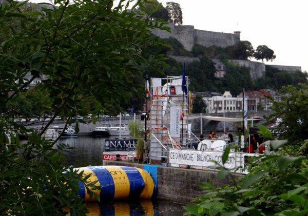 Charlie's Capitainerie, c'est une offre de services élargie au départ des ports de plaisance namurois  ;)  Initiation à divers sports nautiques à Namur (RTL)
