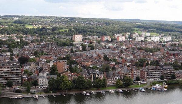 Namur - Elle porte bien son nom, la route Merveilleuse...   ;)