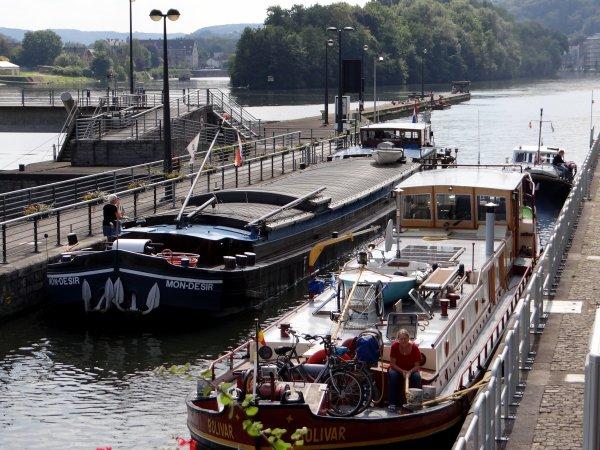 MS SWISS RUBY (CH) (85 m. x 10,50 m.) était de passage ce 2 septembre 2014 à 7h25, à destination de Dinant (retour le 3/9 vers 12h)