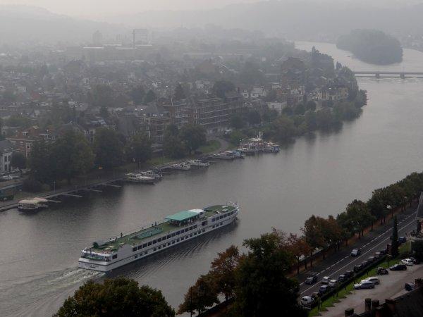 VICTOR HUGO (F) est de retour sur la Haute-Meuse (CroisiEurope)  ;)  - Les nouvelles du KAIROS (F) et du BEL-AMI (B) .. et de la Petite Seine   ;)