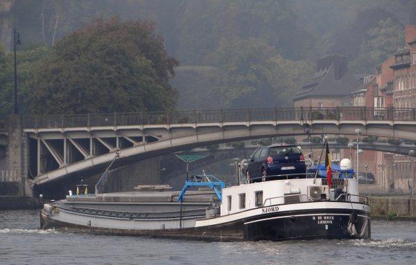 Le 47m. NJORD (B) entre Meuse et Sambre namuroise