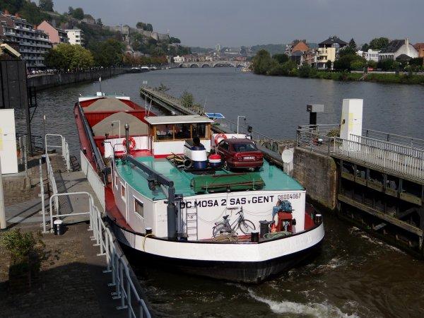 Plus de marchands que de plaisances sur la Haute-Meuse, c'est la fin de l'été ...