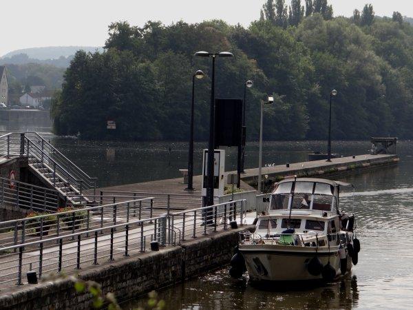 """Le 55 m. plaisance & cabines d'hôtes. """"FLORENCE"""" à destination de Dinant au départ de Namur"""