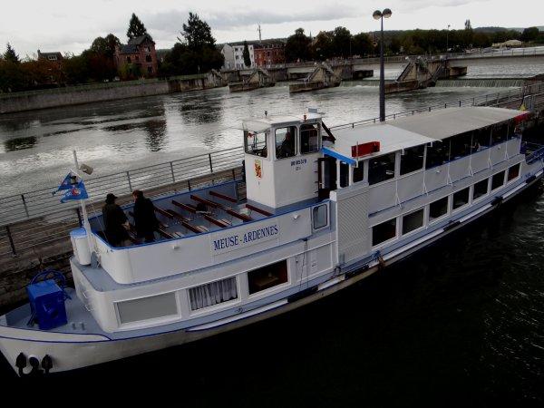 HAUTE-MEUSE > Tirant d'eau limité à 2,20 m. (-0,30 m.) entre Anseremme et Dinant du 6 au 10 octobre! (Avis n°0283 du 23/09/2014)