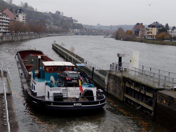 En ce jour de grève, sur certaines écluses (Grands-Malades à Namur), sans surprise, les statistiques de navigation pour la Haute Meuse sont au plus bas!